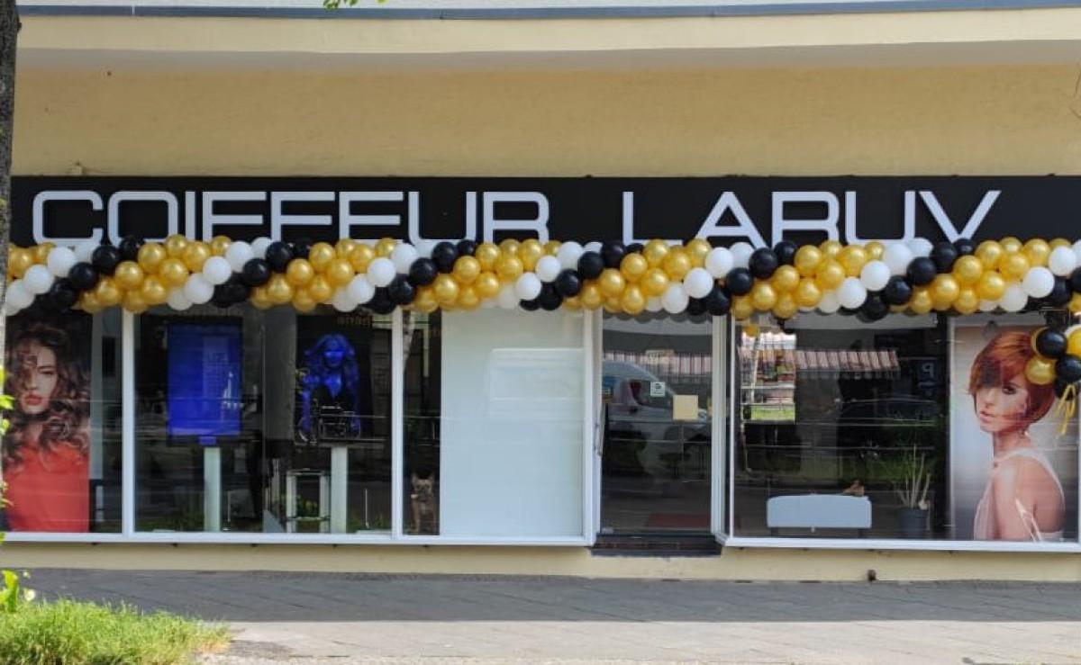 Coiffeur Laruv Reinickendorf Berlin Eingang Bild